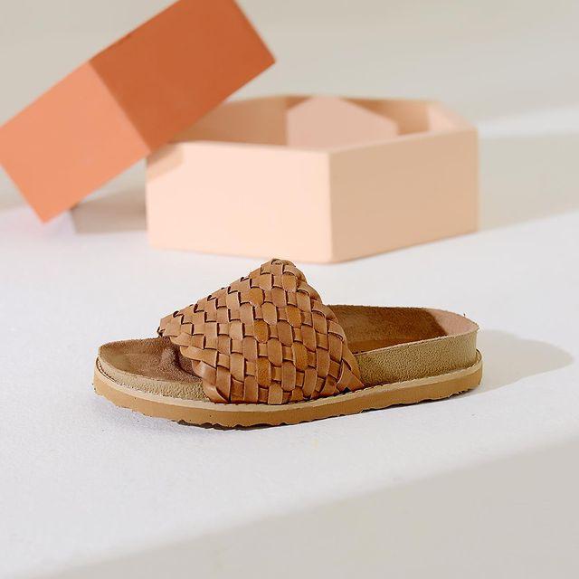 sandalias planas urbanas verano 2022 Lucerna calzados