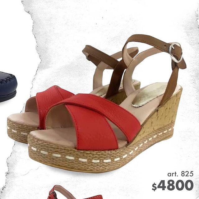 sandalias urbanas rojas taco chino verano 2022 Di Nizo