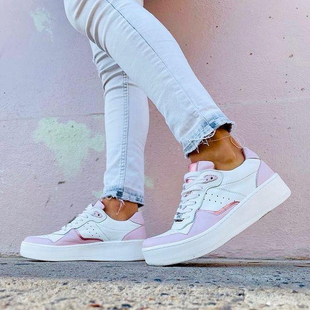 zapatillas blancas y rosadas verano 2022 Pamuk