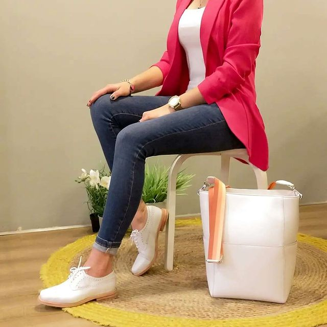zapatos blancos abotinados para mujer verano 2022 Oggi Calzados