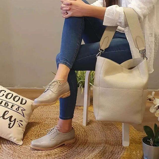 zapatos oxford abotinados para mujer verano 2022 Oggi Calzados