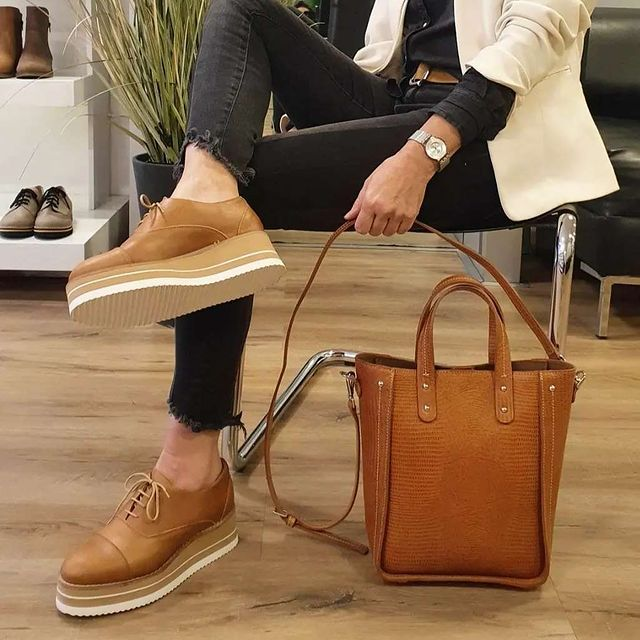 zapatos oxford para mujer con plataformas verano 2022 Oggi Calzados